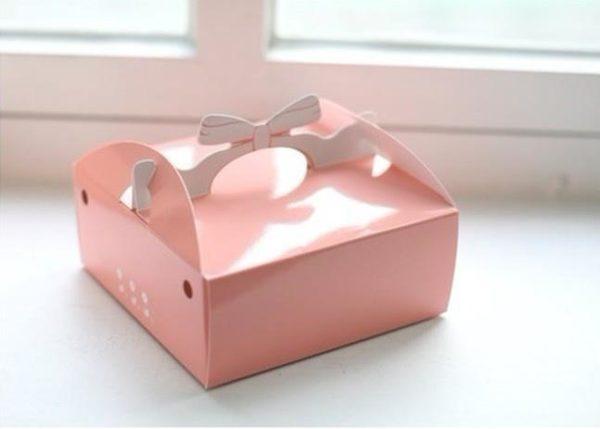 Mẫu hộp giấy đựng bánh kem